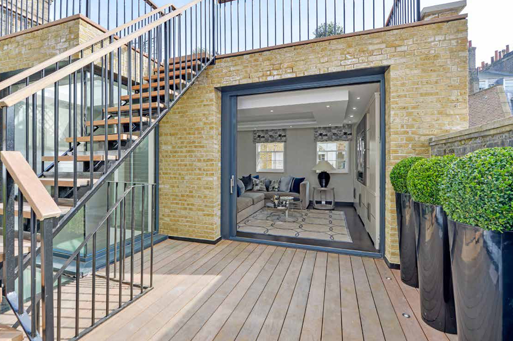 Roof Extension and Sun Terrace - London